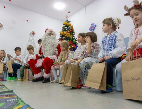 Pachete cu bucurii – Serbarea de Crăciun
