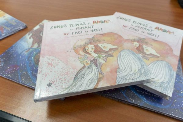 Lansare carte Lunus Plinus